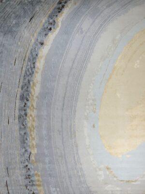 Gradient area rug
