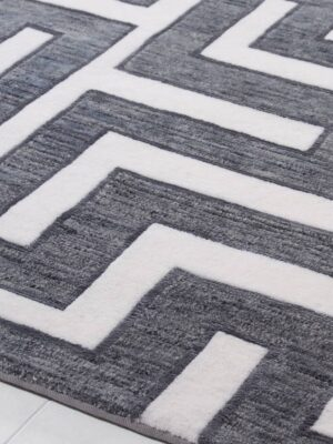 Meandros area rug
